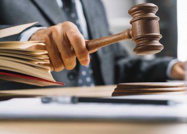 Emocje na sali sądowej a zachowanie stron i sądu